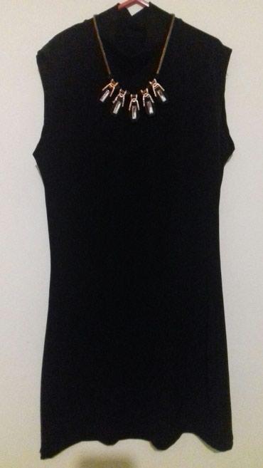 Mala crna haljina sa polurolkom i ogrlicom koja se moze skinuti, bez - Belgrade