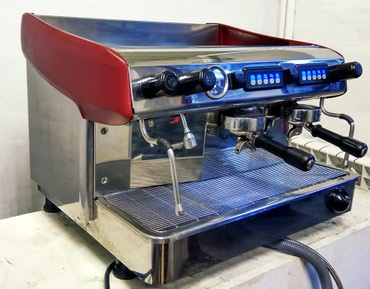 кофемашина полуавтомат для кофейни в Кыргызстан: Профессиональная кофемашина Expobar.  Идеальнейшее состояние.  Отлич