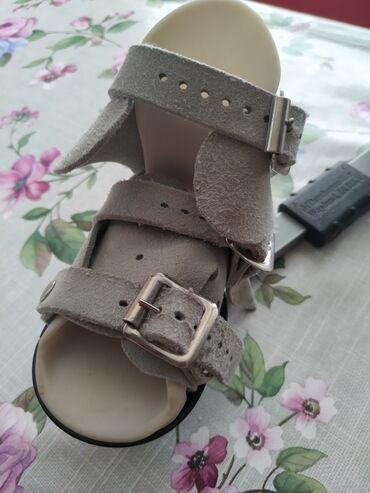 Детская обувь - Бишкек: Сандали понести.Заказывали с Англии. Носили не долго. Качество