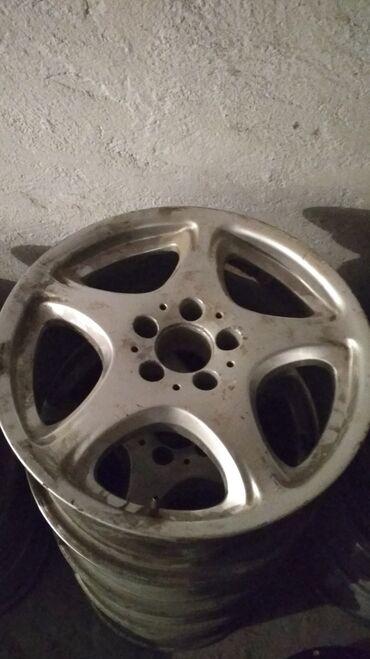 диска мерседес в Кыргызстан: Mercedes R17 в отличном состоянии! Параметры дисков 8jx17h2et37