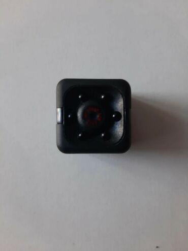Продаю маленькую экшен камеру