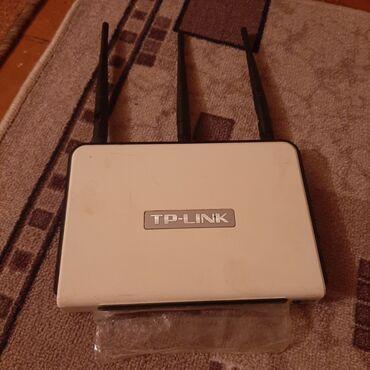 купить роутер бишкек in Кыргызстан   СЕЛЬХОЗТЕХНИКА: Роутер. 3х антенный. С усиленными антенами. Докупал отдельно
