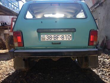 niva satilir ucuz in Azərbaycan | VAZ (LADA): VAZ (LADA) 4x4 Niva 1.7 l. 2000 | 255000 km