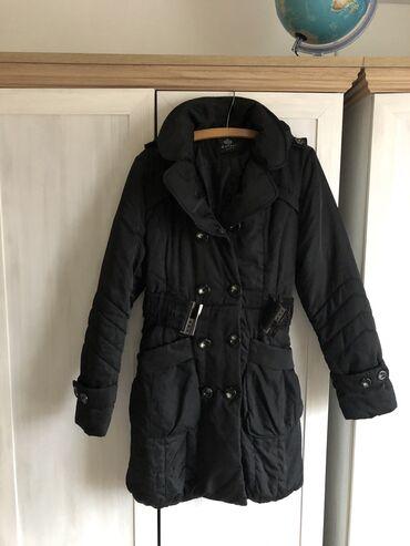 Zenska jakna. Velicina L. Jakna je samo par puta obucena. L velicina