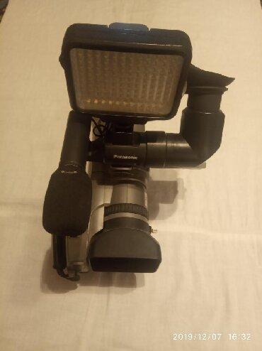 штатив для камеры в Кыргызстан: Продается видеокамера Panasonic MD9000. Записывает на мини касету