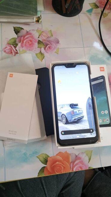 Xiaomi - Кыргызстан: Б/у Xiaomi Mi A2 Lite 32 ГБ Черный