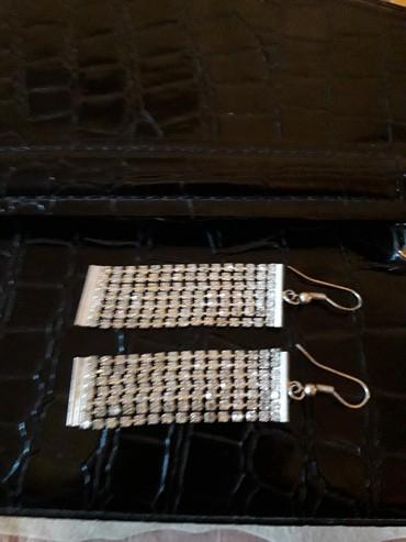 Серьги серебро камни фианиты.цена 2500сом. в Бишкек