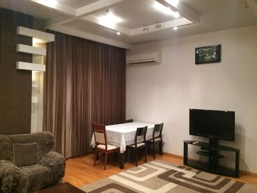 мягкая мебель - Azərbaycan: Gunluk Manzil. Сдаются Суточная квартира в аренду. 3-х. комнатная