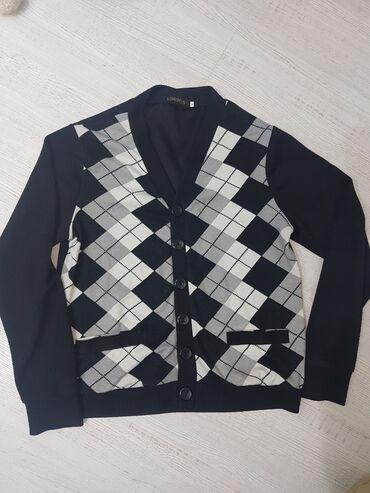 Ковта мужская на пуговицах можно носить с рубашкой размер 50