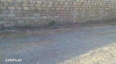 Bakı şəhərində Kurdexanida 8sotun icinde 2otagli ev satilir veya baki weheriyle barte- şəkil 5