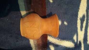 Антиквариат - Бишкек: Глинянная маленькая вазочка,ручной работы. можете её покрасить на свой