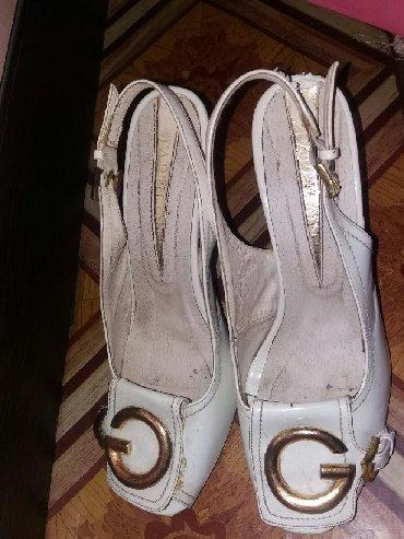 размер 36 40 в Ак-Джол: Срочно продаю туфли размер 39