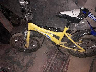 Продаю детский велосипед б/у (5-7 лет) диаметр колеса 16, без