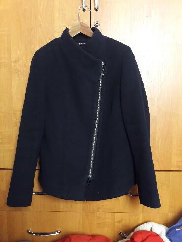 """palto loreta в Кыргызстан: Продается пальто """"LORETA"""" 46 размер. Темно-синий цвет.В отличном"""