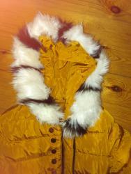 Divna i topla jaknica za devojcice uzrasta 6 do 7 godina. - Pozarevac