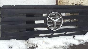 Mercedes 1625 решётка и серединка бампера колёса на 22