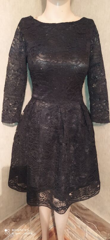 вечернее платье 44 размер в Кыргызстан: Платье Размер 44-46  Одето один раз Цена 500 сом