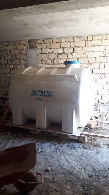 Antalya su çəni,4000 lt.1 ay işlənib,türkiyə istehsalıdı. Aşağl yeri