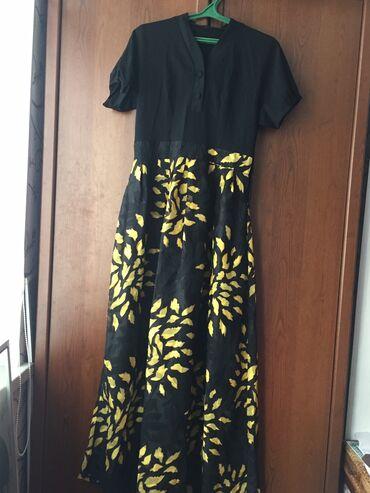 черное платье на свадьбу в Кыргызстан: Продаю платья в отличном состоянии. Одевала один раз на свадьбу. Покуп