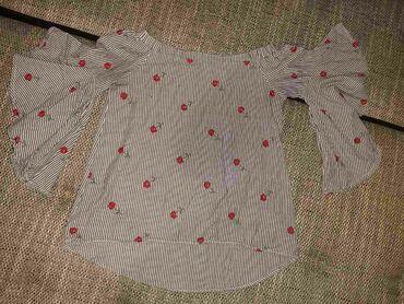 Majica xs - Srbija: Majica,prelepa,XS