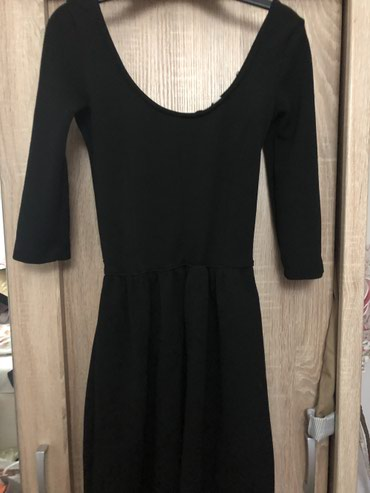 Crna haljina gore uska dole lepo pada - Veliko Gradiste