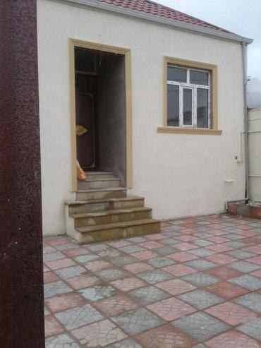 Bakı şəhərində Satış Evlər vasitəçidən: 100 kv. m., 3 otaqlı
