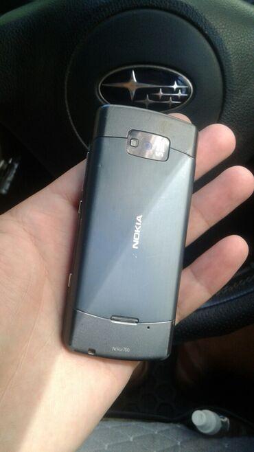 nokia 603 в Кыргызстан: Nokia 700 в отличном состояний