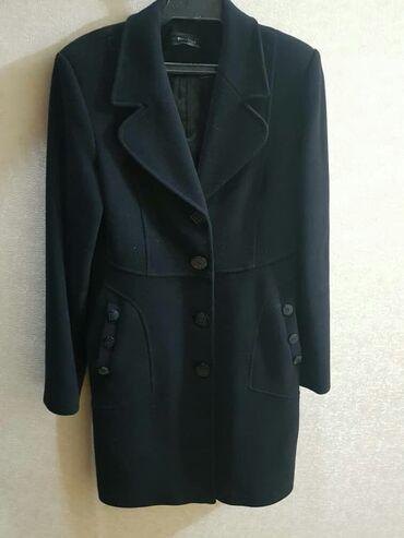 астон мартин в бишкеке в Кыргызстан: Пальто деми почти новое, черного цвета размер S M кашемир, турецского