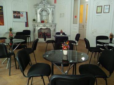 Bakı şəhərində Nizami metrosunun yaxınlığında, 48 m2-lik bir toplantı otağı