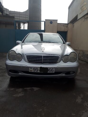 Mercedes-Benz 220 2.2 l. 2001 | 354452 km