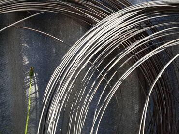 Проволока металлическая в бухте. d 3.5 см