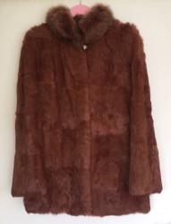 Krzneni kaputi - Nis: Ženska braon bunda, veličina M