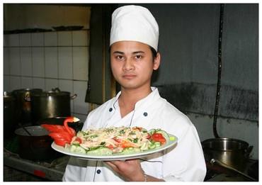 Требуются повара С ОПЫТОМ РАБОТЫ: в Бишкек