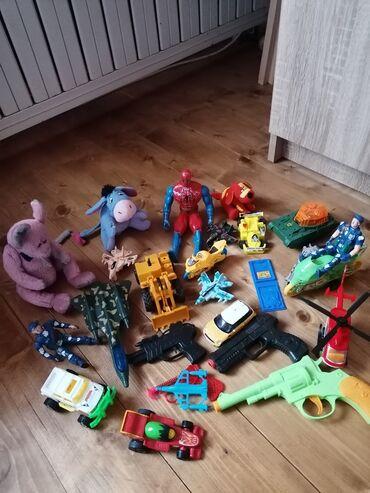 Igračke za decake očuvane, neke su jako kvalitetne