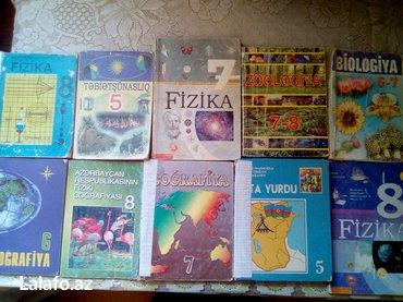 Bakı şəhərində Derslik kitablari satilir. Her biri 2 manata. Birlikde alana endirim