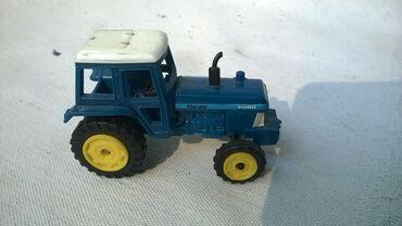 Avtomobil modelləri | Srbija: Ertl traktor Ford TW-36, 1:64( oko 6 cm), China, pomeraju se