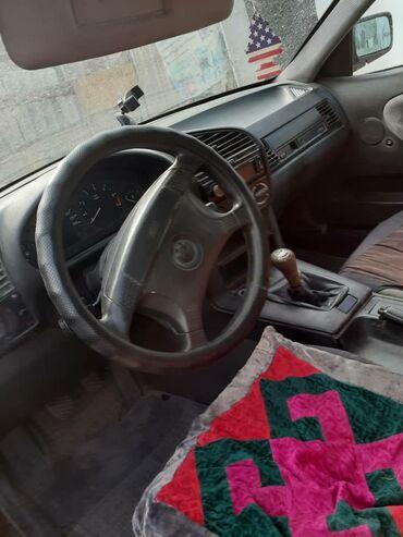 bmw kaplja в Кыргызстан: BMW 318 1.8 л. 1992