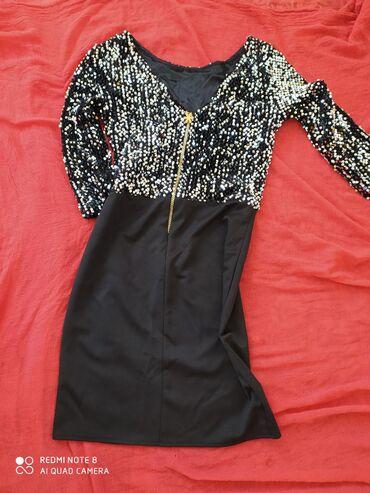 Платье с паэтками 42-44, состоянии нового, очень нарядное, вечернее