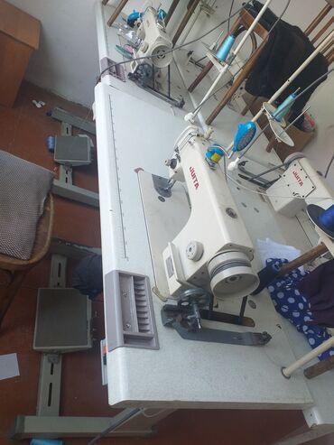 Швейные машины в Кыргызстан: Продаю шивеяная машинка пирамой устурочка 4 уштук и адна