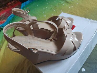 Другая женская обувь - Кок-Ой: Другая женская обувь