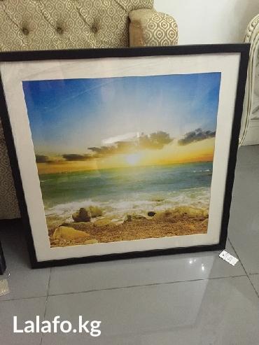 Фото картина в деревянной рамке под пластиком -размер 60 см х 60 см- в Бишкек