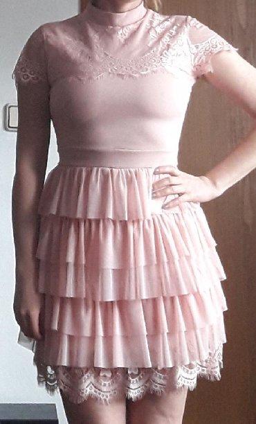 Haljine - Pirot: Roze haljinica, jednom nosena na svadbi, velicina univerzalna
