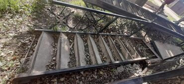 Продаю Лестницы