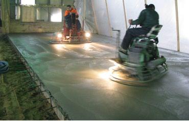 Устройство бетонной стяжки и затирка вертолетами в Бишкек