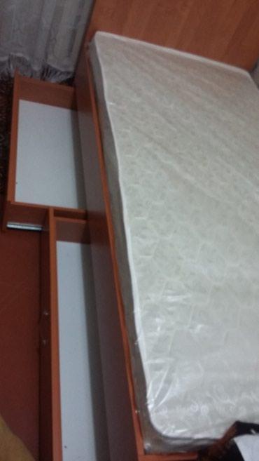 Продаю кровать новая с тумбоми в Бишкек