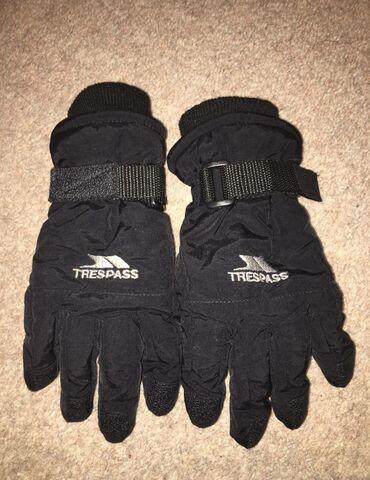 Trespass детские зимние перчатки, размер 8-10лет. Цена окончательная