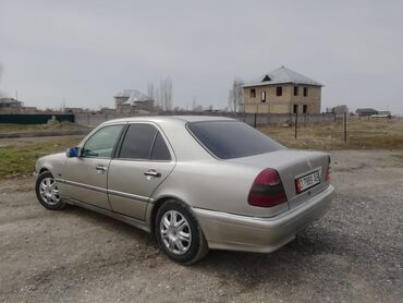 Mercedes-Benz C-Class 1.8 л. 1999 | 253024 км