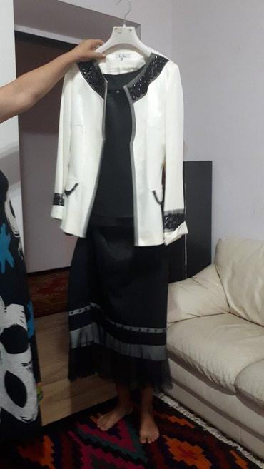 Продаю юбку кофту пиджак, тройка в Бишкек