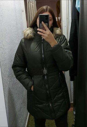 Maslinaste zelene dzeparice - Srbija: Novi modeli zimskih zenskih jakni u crnoj i maslinasto zelenoj boji
