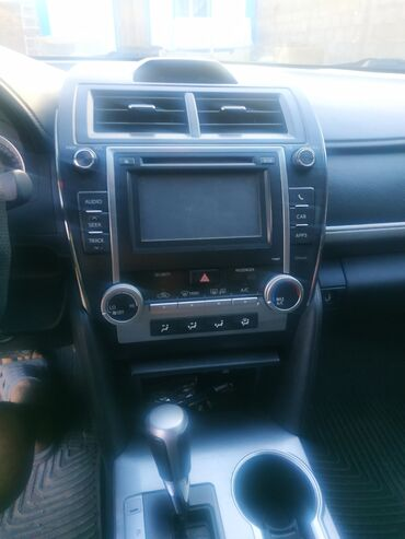 Toyota Camry 2.5 л. 2011 | 140000 км